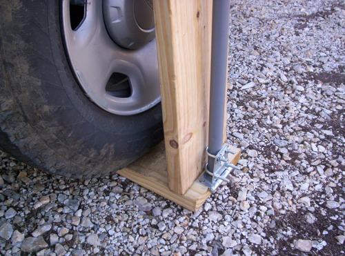Showing door hinge mount